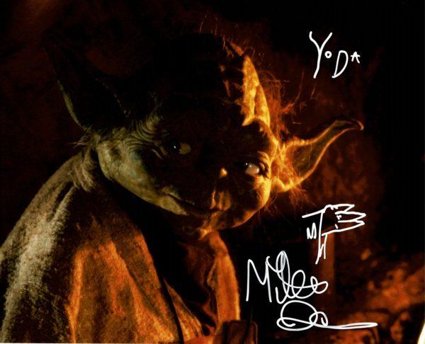 """Mike Quinn Autograph Yoda photograph puppeteer 8x10"""" Star Wars"""