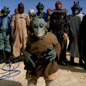 Warwick Davis autograph 8x10 Wald 2